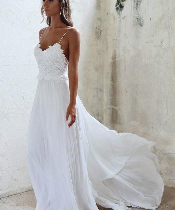 11 Beautiful Beach Wedding Dresses