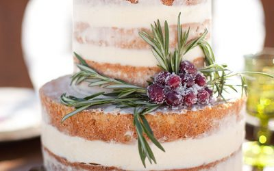 13 Jaw-dropping Winter Wedding Cakes